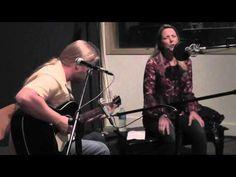 Derek Trucks & Susan Tedeschi - Walkin' Blues (live at KTBG)