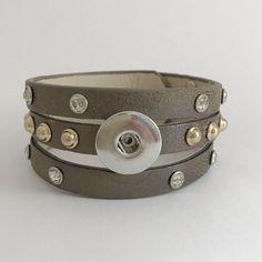 #B134 Triple Split LT Brown-Single Snap Bracelet 18mm-20mm Snaps
