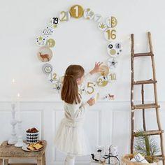 Fabriquer un calendrier de l'avent en forme de couronne / Wreath shaped Avent calendar