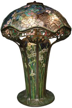 This Cobweb Table Lamp from 1900 or 1901, one of only seven known examples, is probably the most important piece in the Michaan's auction.