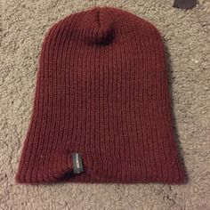 Burgundy pacsun beanie Perfect condition 🔸NO TRADES🔸 PacSun Accessories Hats