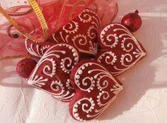 Malé srdiečka Royal Icing, Gingerbread, Sweet Hearts, Seasons, Prague, Cake, Christmas, Pie Cake, Pastel