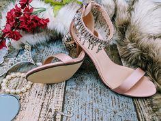 Blush pink sandal style Wedding shoes y Pink bridal fashion custom shoe service available Blush Pink Wedding Shoes, Bridal Shoes, Special Occasion Shoes, Pink Sandals, Bridal Fashion, Custom Shoes, Bridal Style, Wedding Accessories, Bride Shoes Flats