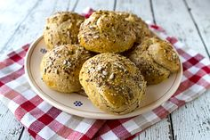 Italian Food Forever » Whole Grain Seeded Rolls