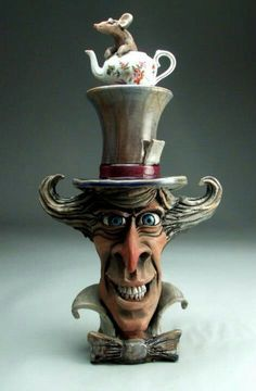 Mad Hatter face jug. By Grafton pottery
