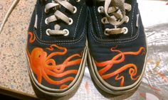 Hand Painted Octopus Vans Painted Vans, Hand Painted Shoes, Kraken, Sock Shoes, Shoe Boots, Octopus Art, Goth Look, Cute Outfits, Footwear