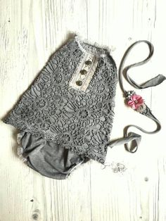 Cod402Newborn Lace Romper grey baby by 4LittlePrincessProps