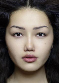 Kirghize, Asie Centrale Les origines de la beauté
