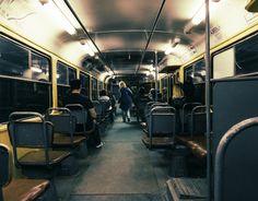 Я не знаю чем, но меня очень зацепил Волгоградский трамвай. То ли тем что на остановках пахнет как в Московском метро, а я этот запах обожаю, то ли тем что в трамвайках кондукторы добрые. В общем ещё одна фотокарточка из поездки. #Волгоград #Трамвай #вагон #кондуктор #общественныйтранспорт