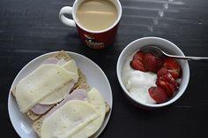 breakfast Finland, Pudding, Cheese, Breakfast, Desserts, Food, Tailgate Desserts, Meal, Dessert