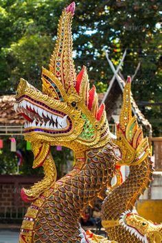 thai temple dragon