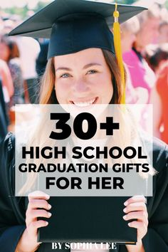 31 Best High School Graduation Gifts For Her Special Day Graduating is a big milestone for girls so you want to make sure to get the perfect gift. Here are high school graduation gifts for her that she will love! Graduation Party Foods, High School Graduation Gifts, Graduation Party Decor, Grad Gifts, Grad Parties, Graduate School, Graduation Gifts For Best Friend, Graduation Ideas, Diy 2019