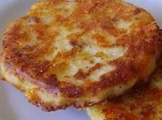 Bacon Cheddar Potato Cakes - made from leftover mashed potatoes Recipe  ☀CQ #southern #recipes