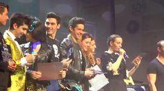 Alejandro Speitzer se notó muy contento en esta función especial de 100 representaciones.  #AlejandroSpeitzer #AlexSpeitzer #actor #Mexico #Vaselina #Kiko #obra #teatro #Musical #2014