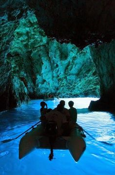 There are numerous caves on the island of Bisevo, Croatia, but the Blue Grotto, which can only be reached by boat, is the most famous of them, due to the glowing blue light that appears from 10 am to noon. At this time of day the sunlight reflects through the water coming from the white floor of the cave and bathes the grotto in aquamarine light, while objects in the water appear to be silver.