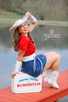 #kilgorerangerette #college #dancer #texas #kilgoretx #kilgorecollege #olestarstate #rangerette #photography #session #graduation #photoshoot Kilgore Rangerettes, Texas, Autumn, Weddings, Photography, Texas Travel, Fotografie, Bodas, Photograph