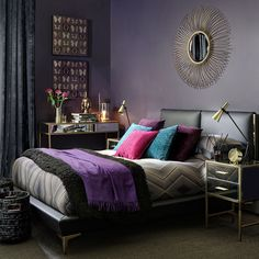 Very-modern-glamour-bedroom