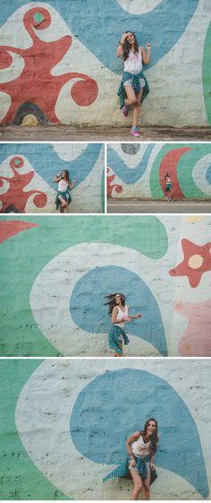 Bebel Tostes Fator Quinze Fotografia - Rua - Grafite - Street - 15 anos - Fator Quinze - Foto - Fotografia - Foto com luzes - Light - Lindas - Laranja - Vermelho - Branco - Rosa - Debutante - Foto de 15 anos - Quinze Anos
