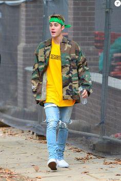 Justin Bieber est allé faire une pause en se promenant à Londres le 14 octobre 2016.
