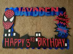 Amazing Spider Man Photo Booth Frame for that Special birthday Boy. Foam board size:20×30 just send me: Name & age date you will be needing if for. ***Colors may Vary depending on Availability*** **Do not accept returns or refunds since its a personalized item*** **If there is a theme or a design that you would like thats not on my shop feel free to send me a message. Custom photo booth frame orders of designs that are not on my shop are $42.00**
