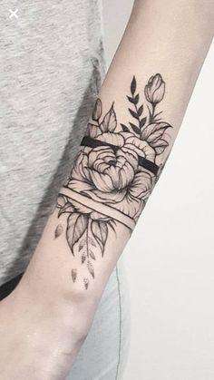 Inner Arm Tattoos, Cool Forearm Tattoos, Arrow Tattoos, Hand Tattoos, Arm Band Tattoo For Women, Tattoos For Women, Dainty Tattoos, Cute Tattoos, Tatoos