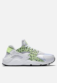 Nike Air Huarache Run PRM - 683818-101 - White   Ghost Green 1faed52e3