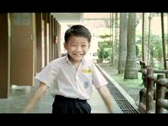 Tan Hong Ming in love ♥ Aaaah this is soooo cute. A little boy explaining why he likes a girl in his school.