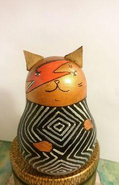 Bowie cat!