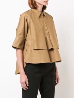 Check out Carven with over 2 items in stock. Shop Carven cropped poplin shirt today with fast Australia delivery and free returns. Edgy Outfits, Fashion Outfits, Moda Chic, Estilo Fashion, Carven, Poplin, Blouse Designs, Shirt Blouses, Trendy Fashion