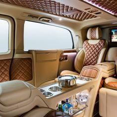 Mercedes V-Class Full View