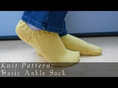 Basic Ankle Sock  |  Knit Pattern - http://www.knittingstory.eu/basic-ankle-sock-knit-pattern/