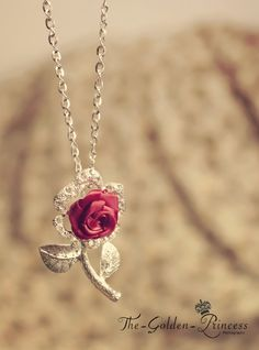beautiful rose necklace by the Golden Princess Rose Jewelry, Jewelry Box, Jewelry Accessories, Fashion Accessories, Jewelry Necklaces, Fashion Jewelry, Cz Jewellery, Silver Jewelry, Ring Armband