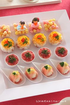 SORIAのプレート Japanese Party, Japanese Food, Food Art, A Food, Food And Drink, Appetizer Buffet, Appetizers, Sushi Party, Kawaii Dessert