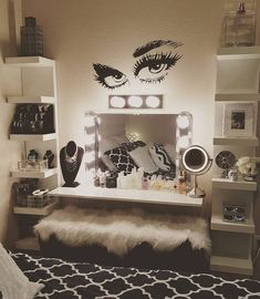 Glam makeup room ideas beauty room ideas makeup room ideas glam bedroom wall decor best on teen bed full size home decorations ideas for christmas Sala Glam, Diy Makeup Vanity, Glam Makeup, Makeup Vanities, Diy Makeup Chair, Dyi Vanity, Makeup Vanity Tables, Beauty Makeup, Makeup Desk