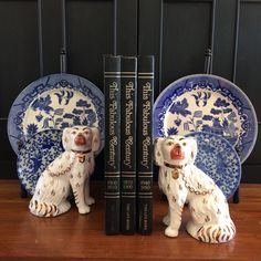 Old World Decorating, Staffordshire Dog, English Pottery, Antique Pottery, Willow Pattern, French Home Decor, Blue And White China, French Blue, Displaying Collections
