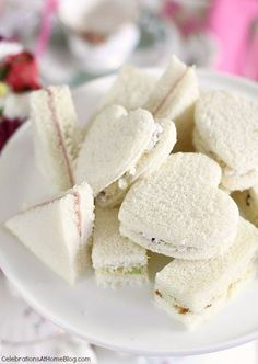 Here are 3 fillings for tea party tea sandwiches. Make them all to give your guests variety, and cut them into cute shapes for presentation. Tea Party Bridal Shower, Tea Party Wedding, Bridal Showers, Baby Showers, Afternoon Tea Parties, Afternoon Tea At Home, Afternoon Tea Recipes, Snacks Für Party, Tea Party Recipes