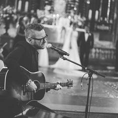 Jocke Berg singing on kristoffer ahlbom wedding in Storkyrkan Stockholm's Cathedral