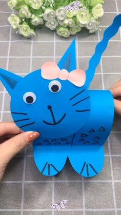DIY Crafts for Kids-Amazing Paper Kitten Tutorial-How to Make Paper Cat Wow! This is so cute and simple to do. Try this fun piece at home for kids now.<br> Diy Crafts For Kids Easy, Recycled Crafts Kids, Mothers Day Crafts For Kids, Animal Crafts For Kids, Summer Crafts For Kids, Paper Crafts For Kids, Craft Activities For Kids, Toddler Crafts, Preschool Crafts