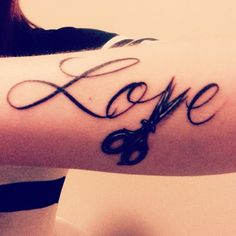 We LOVE Oliver Finley cosmetology student, Paige's new tattoo! When you love something so much you want the whole world to know? That's an amazing thing. Paige loves cosmetology. We do too. We dig it. #OliverFinley