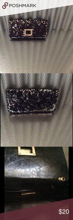 Beautiful black glittered  clutch !!❤️🎉 Glittered black clutch MMS Bags Clutches & Wristlets