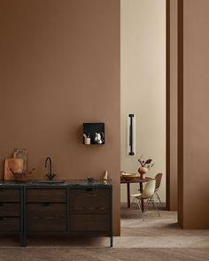 colour inspiration The Scandinavian company Jotun Lady predicts the interior colour trends of 2020 with 12 new colours Interior Rugs, Living Room Interior, Home Interior Design, Interior Styling, Apartment Interior, Cafe Interior, Interior Paint, Home Design, Bedroom Interior Colour