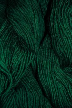 Worsted Yarn ~ Forest Green. Covance colours