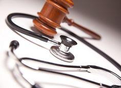 Ordenan captura internacional de médica cubana por mala praxis
