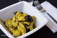 Pollo al curry en el estuche de vapor Mug Recipes, Healthy Recipes, Easy Eat, Asian Cooking, Wok, Food And Drink, Menu, Chicken, Gastronomia