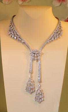 Diamond Necklaces : Diamonds and Rhubarb ®: French jewelry Today, Part Cleef and Arpels, 22 P. - Buy Me Diamond Bijoux Design, Schmuck Design, Jewelry Design, Diamond Pendant Necklace, Diamond Jewelry, Diamond Necklaces, Jewelry Necklaces, Men's Jewellery, Designer Jewellery
