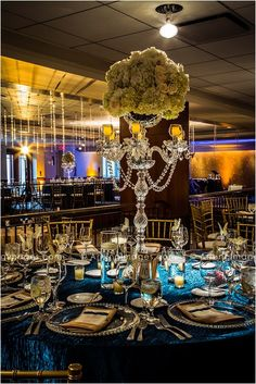 Beautiful wedding centerpieces and table decor! #weddings #decor #centerpieces
