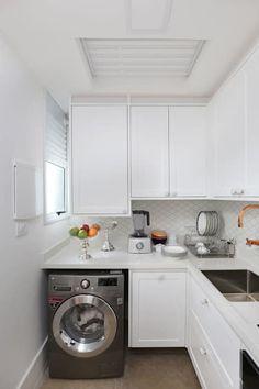 Loft Duplex - Morumbi São Paulo - Lavanderia: Cozinhas clássicas por Antonio Armando Arquitetura & Construção