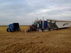 grain carts stuck - Google Search Trucks And Girls, Big Trucks, Chevy Trucks, Chevy Jokes, Stuck In The Mud, Road Train, Diesel Trucks, Classic Trucks, Heavy Equipment