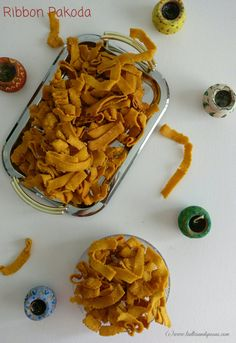 Now who wouldn't crave for crispy, crunchy snacks. Ribbon pakodas are one of the many such crispy savory snacks made by Tamilians not only during festivals like Diwali and Krishna Jayanthi but also for munching away during teatime. Those were the days..... our mothers and grand-mothers used to prep