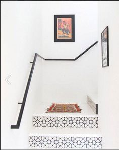 The beautiful design of your home staircase can be added using some beautiful tiles too. The staircase tiles will not only decorate the stairs but also become a symbol of your home stylish style. Tiled Staircase, Tile Stairs, White Staircase, Interior Staircase, Staircase Ideas, Staircase Wit, Staircase Remodel, Interior Inspiration, Design Inspiration